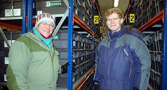 Svalbard Globale frøhvelv: Landbruks- og matminister Lars Peder Brekk og direktør i Global Crop Diversity Trust, Cary Fowler inne i frøhvelvet. Foto: Kjell Werner, ANB